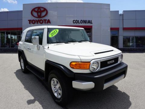 Pre-Owned 2011 Toyota FJ Cruiser Base 4WD 4x4 4dr SUV 5A